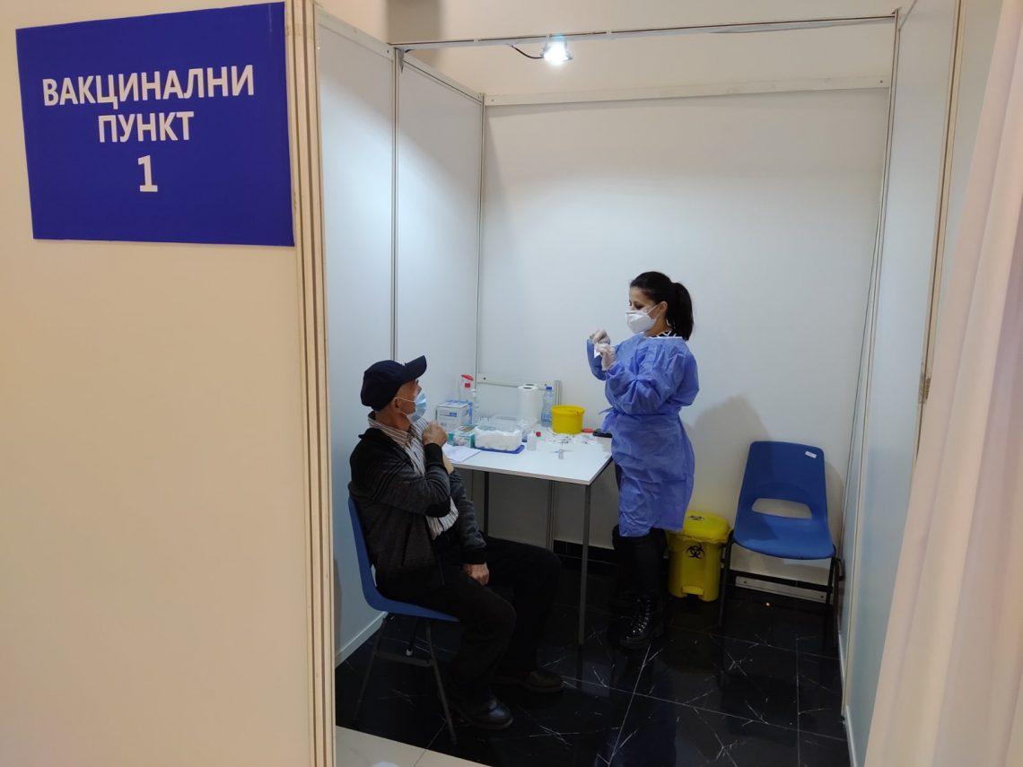 Danas vakcinisano 446 građana Banjaluke starijih od 65 godina